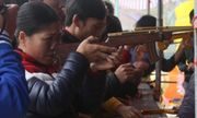 """Hội Lim Bắc Ninh: Nhiều gian hàng trò chơi """"bạo lực"""" núp bóng dân gian"""