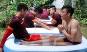 U23 Việt Nam ngâm nước đá hồi phục thể lực
