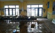 Trường lún cả mét, học sinh sơ tán khẩn