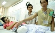 Nữ sinh bị cưa chân tại Đắk Lắk: Bác sĩ có phạm tội?