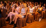 """""""Thiên thần Victoria Secret"""" làm khách mời đặc biệt của The Face"""