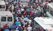 Người dân chật vật rời Thủ đô về quê