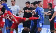 Cựu sao Chelsea và đồng đội bị hành hung dã man ở Trung Quốc