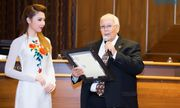 Hoa hậu Jennifer Chung được Thị Trưởng Newark vinh danh