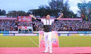 """Dương Triệu Vũ """"quậy tung"""" sân vận động với 5000 khán giả Cần Thơ"""
