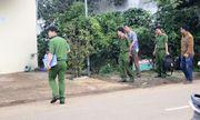 Truy bắt 2 nghi can chém chết người trong nhà vệ sinh