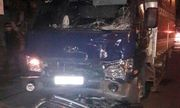 Xe máy bị cuốn vào gầm xe tải kéo lê gần 200 m khiến hai người tử vong