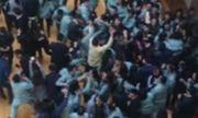 Video: Sếp vung tiền mừng tuổi, nhân viên tranh nhau cướp