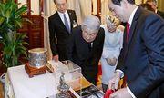 Món quà đặc biệt Chủ tịch nước trao tặng Nhà vua và Hoàng hậu Nhật Bản