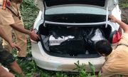 Cảnh sát nổ súng khống chế xe chở thuốc lá lậu