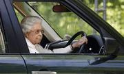 Tham gia giao thông suốt 70 năm, đây là người phụ nữ duy nhất ở Anh không có giấy phép lái xe