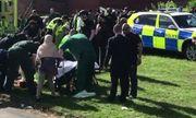 Ô tô lao vào đám đông khiến ít nhất 6 người bị thương ở Anh