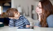 Cha mẹ làm những điều này sẽ giúp con có tính cách tuyệt vời