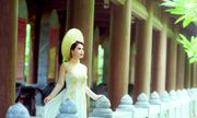Á hậu Ý Lan xúc động khi hóa thân thành Hoàng hậu Dương Vân Nga