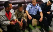 Cậu bé 10 tuổi giết và ăn rắn trong hành trình lang bạt 24 ngày đi 100km