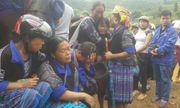 Lũ quét ở Mù Căng Chải: Ba mẹ con khóc nghẹn bên thi thể cha