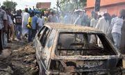 Đánh bom tự sát giữa chợ khiến hơn 100 người thương vong