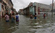 Bão Irma gây sóng cao 6 m, biến thủ đô Cuba thành 'bể nước lớn'