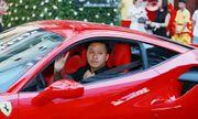 Cận cảnh siêu xe 15 tỷ của Tuấn Hưng trong tiệc sinh nhật bất ngờ
