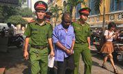 Người ngoại quốc lĩnh 18 tháng tù vì rút tiền phi pháp ở Sài Gòn