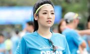 Á hậu Tú Anh xinh đẹp đầy sức sống tham gia marathon đầu năm