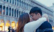 Nguyễn Ngọc Anh hôn say đắm