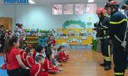 Hướng dẫn trẻ mầm non kỹ năng thoát hiểm khi xảy ra hỏa hoạn