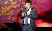 Clip: Phú Quang bật khóc nghẹn ngào trong đêm nhạc riêng