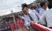 Cảm nhận của du khách trong ngày đầu trải nghiệm xe buýt 2 tầng mui trần ở Hà Nội