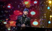 Sau 25 năm ca hát, Nguyên Vũ sợ trở lại con số 0 như ngày đầu