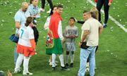 C.Ronaldo thuê