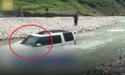 Video: Cái kết đắng chát cho người đàn ông mang xe ra sông rửa để tiết kiệm 70 nghìn