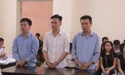 Cán bộ phòng chống buôn lậu và đồng phạm lĩnh 34 năm tù vì mang đánh tráo ngà voi