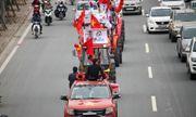CĐV Hà Nội lái dàn máy cày đến Mỹ Đình cổ vũ tuyển Việt Nam