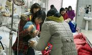 Rét buốt khắc nghiệt, người già, trẻ nhỏ mắc nhiều chứng bệnh nguy hiểm