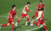 Asian Cup 2019: HLV Park Hang Seo cho các học trò tập bài tập