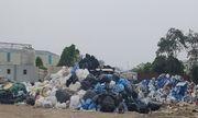 Vấn nạn môi trường (Bài 2): Kho chất thải nguy hại cách nhà dân đúng một bức tường