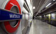 Diễn viên phim khiêu dâm bị phạt 1.300 USD vì làm điều không tưởng trên tàu điện ngầm