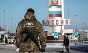 Biên phòng Ukraine chặn 900 người Nga đi qua biên giới
