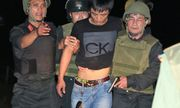 Vụ nhóm buôn ma túy ôm súng, lựu đạn cố thủ trong ôtô: Bắt thêm 3 nghi phạm