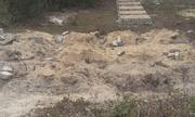 Thừa Thiên - Huế: Bi hài chuyện xây hàng loạt... mộ giả để tăng tiền đền bù?