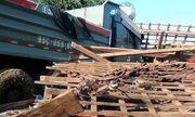 Xe ben tông sập nhà dân, 2 vợ chồng tử vong khi đang ngủ