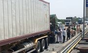 Vụ xe khách đâm đoàn xe tang, 7 người chết: Người duy nhất sống sót giờ ra sao?