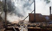 Đắk Lắk: Cãi nhau với mẹ, nam thanh niên say rượu châm lửa đốt nhà