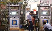 Nghệ An: Phát hiện cửa hàng kinh doanh xăng không đảm bảo chất lượng