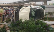 Cầu Giấy – Hà Nội: Nữ tài xế xe sang vượt đèn đỏ, tông hàng loạt xe máy