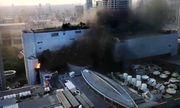 Chùm ảnh: Cháy kinh hoàng tại trung tâm mua sắm Central World của Bangkok