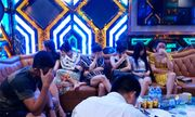 Đột kích quán karaoke Thiên Đường 2, phát hiện hàng chục