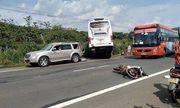 Tin tức pháp luật mới nhất ngày 30/4/2019: Côn đồ chặn ô tô đánh người khiến xe khách lao xuống vực