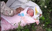 Phát hiện bé gái 2 ngày tuổi bị bỏ rơi trong rừng ở Sơn La
